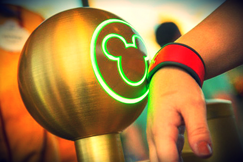 disney-magic-band-elite-daily